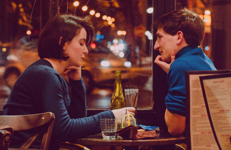 Man and woman talking at first date