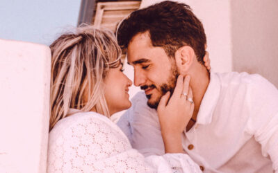 5 Habits of Super Happy Couples